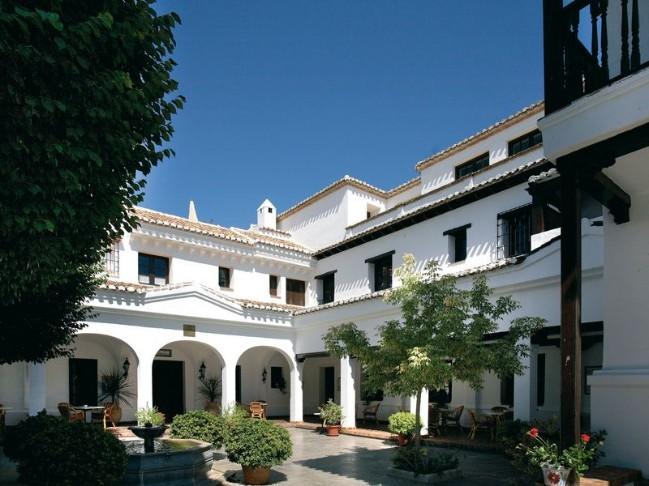 Fabulosos hoteles familiares viajes con mowgli ocholeguas for Hoteles familiares con piscina