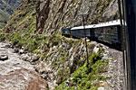 Tren a Machu Picchu. Fotos de LUIS DAVILLA. Texto: MARÍA FLUXÁ