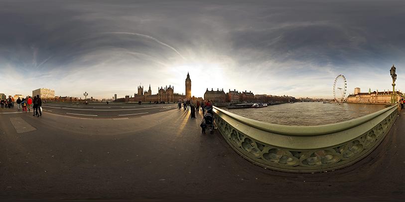 Pinche en el puente de Westminster. Le aguarda un viaje espectacular por Londres a través de la pantalla.
