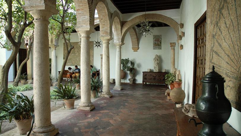 Los patios de viana en c rdoba espana ocholeguas - Patios interiores andaluces ...
