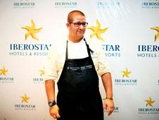 Dani Garc�a en la cocina del Iberostar Grand Hotel Para�so.