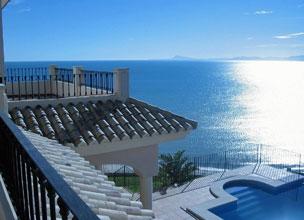 Los apartamentos con vistas a la playa son los m�s soliciados en verano.