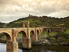 El puente romano de Alc�ntara.